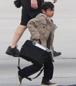 Сын Анджелины Джоли