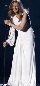 Селин Дион вернулась на сцену после беременности