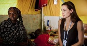 Анджелина Джоли в Ливии