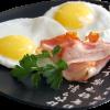 3 способа приготовления яичницы-глазуньи на скорую руку